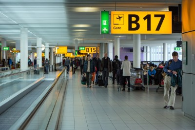 Schiphol_Tuomas_Lehtinen_freedigitalphotos.net